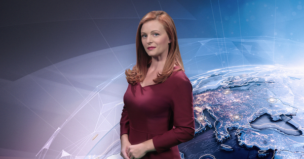 Десислава Атанасова е едно от лицата на Новините ON AIR,