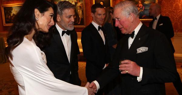 Амал и Джордж Клуни присъстваха на специална вечеря в Бъкингамския