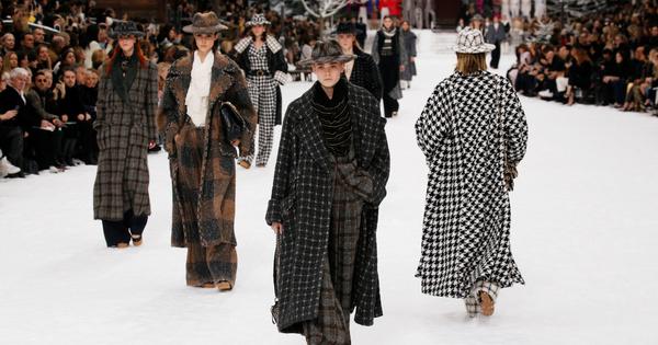Разходките по модните бутици ни напомниха да помислим какви палта