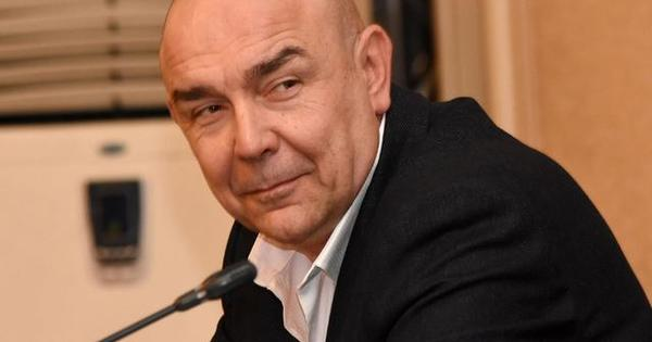 Снимка: Калин Сърменов стана баща на трета дъщеря