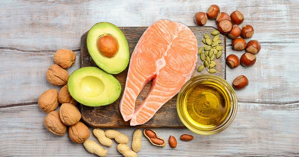 Здравословното меню трябва да включва консумацията на протеини, въглехидрати и