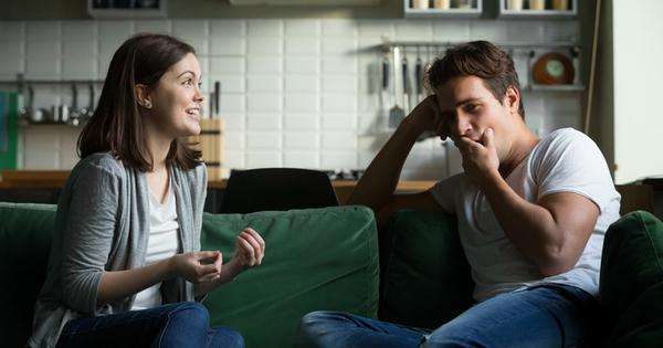 Снимка: Женски привички, с които отблъскваме мъжете