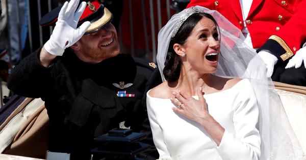 Официално тя е съпруга на принц Хари, херцогиня на Съсекс