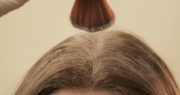 е истински спасител, когато нямате време да миете косата си,
