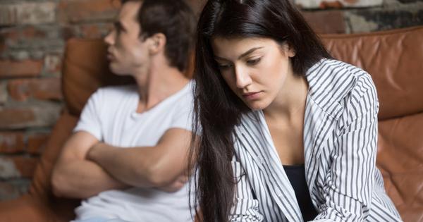 Снимка: 10 признака, че имате връзка с неподходящ човек