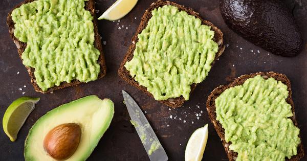 Авокадото има лоша репутация в диетите, защото съдържа голямо количество