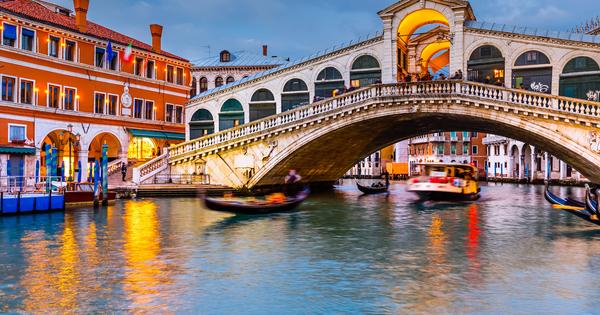 Венеция е един от най-красивите, най-романтични градове на земята, но