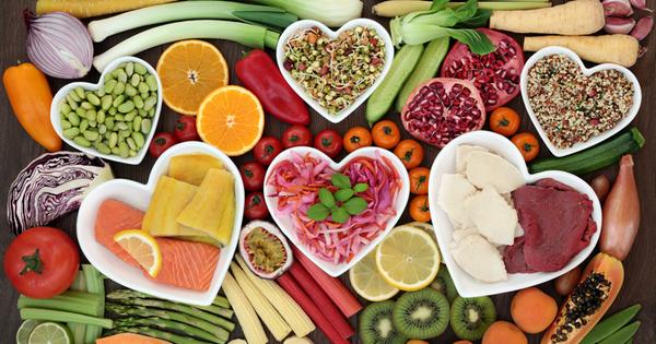 Следването на структурирана диета, комбинираща протеини и фибри като основен