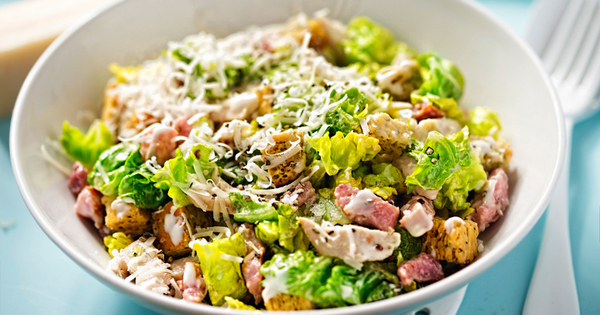 Пресните салати са най-често избирания метод за отслабване. Зеленчуците са