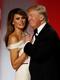 Първият танц на Доналд и Мелания Тръмп като президентско семейство