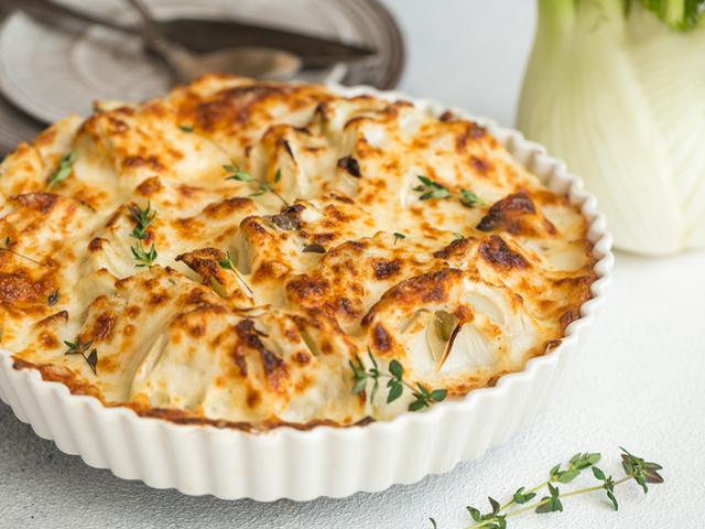 Пикантна разядка с крема сирене и пармезан