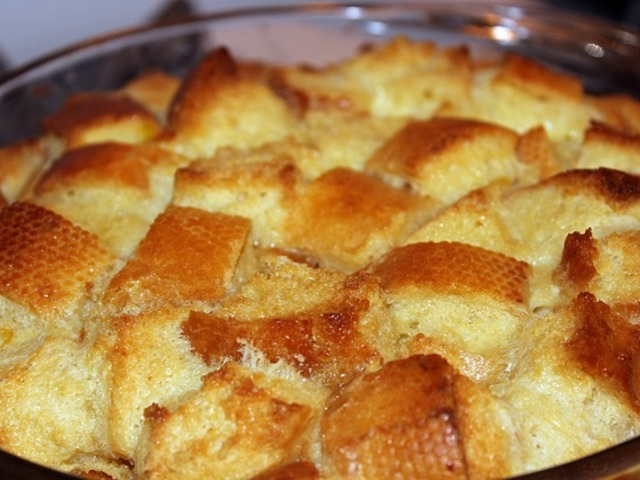 Пудинг от хляб  с шоколад