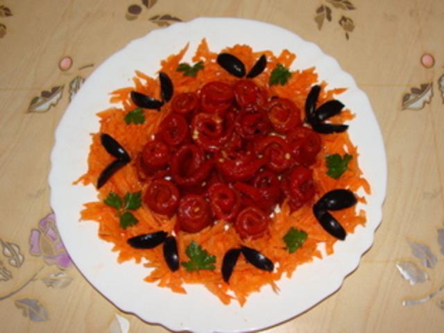 Пролетна салата с чушки и моркови