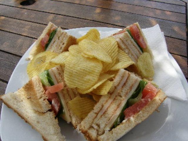 Клуб сандвич за парти