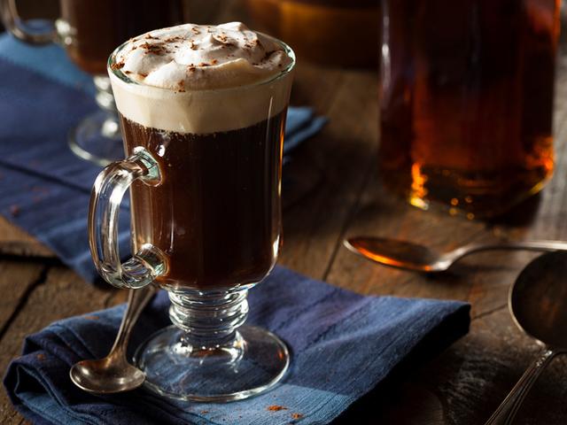 Класическо ирландско кафе
