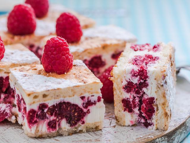 Лесни и вкусни десерти за гости