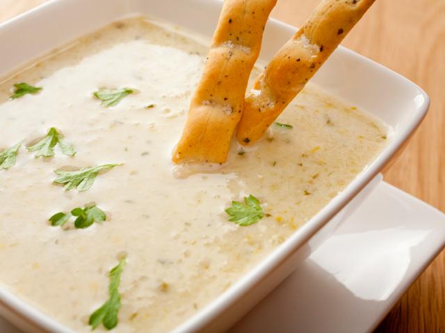 Италианска крем супа с бял боб