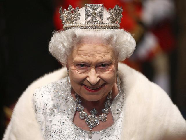 Резултат с изображение за кралица елизабет