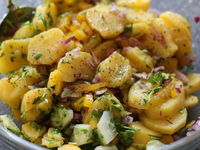 Тайната на перфектната картофена салата
