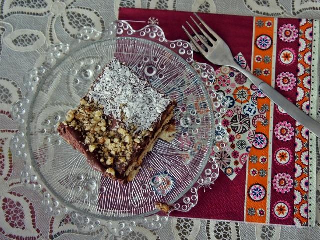 Здравословна домашна торта с таханов крем