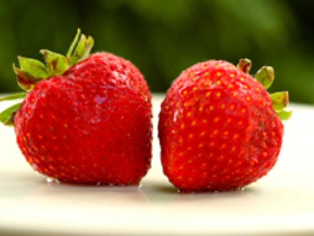 Всички рецепти с ягоди на едно място