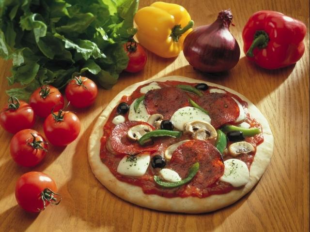 Супер лесно тесто за пица