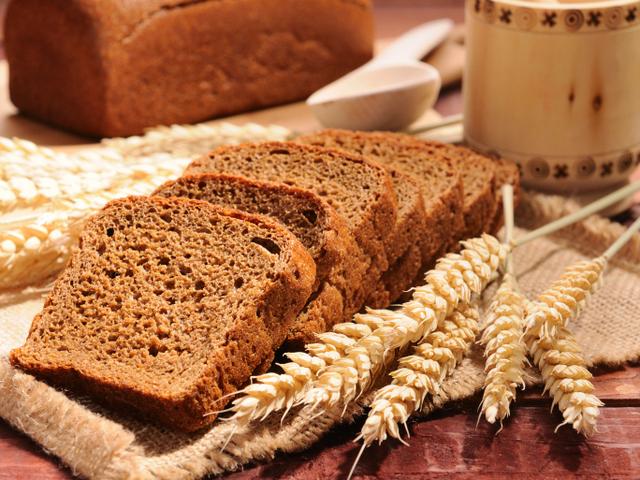 Пълнозърнест хляб – рецепта за машина за печене