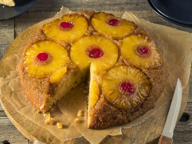 Обърнат кекс с ананас