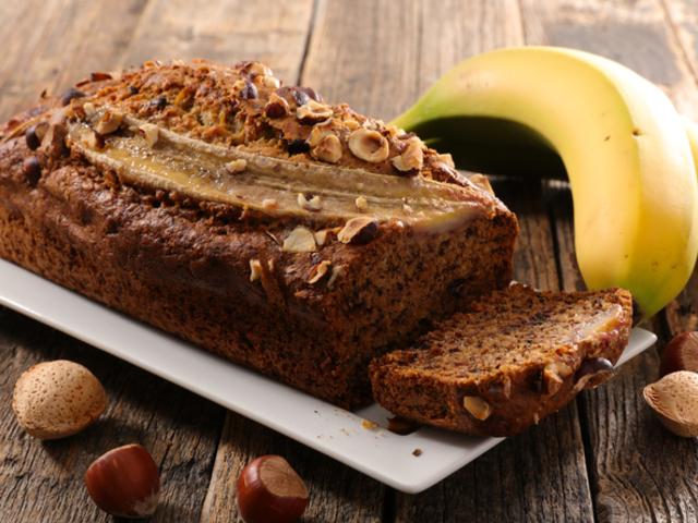Безглутенов бананов хляб с фъстъчено масло