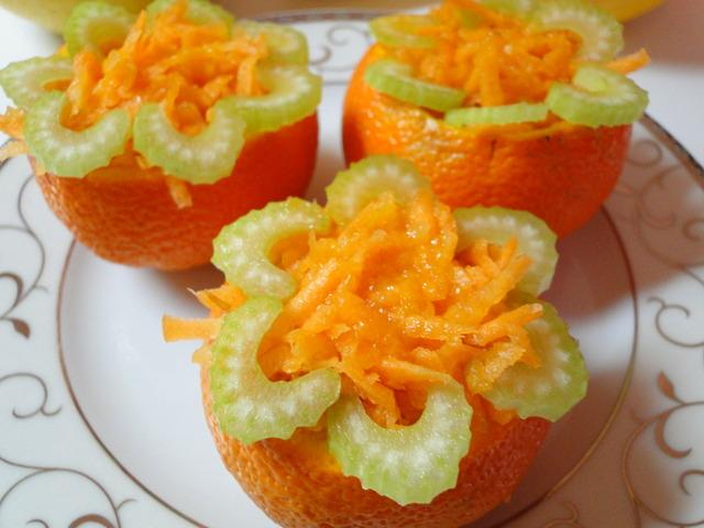 Оранжева витаминозна салата