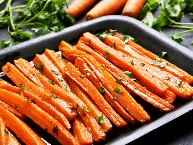Печени моркови със соев сос