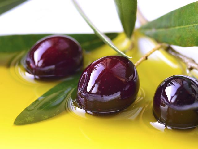 Резултат с изображение за масло от маслини свойства