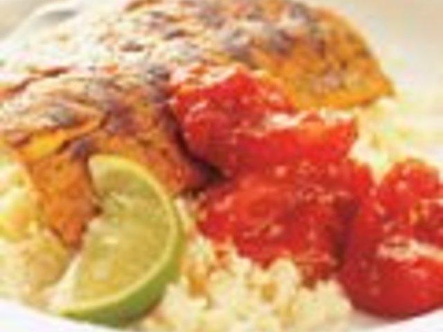Риба с доматен сос