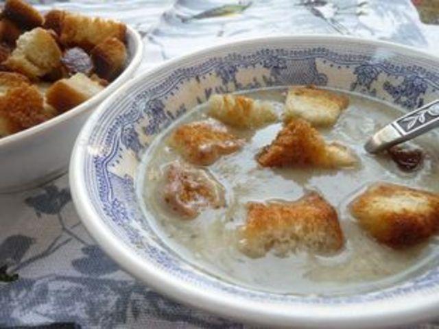 Крем супа с гъби и картофи