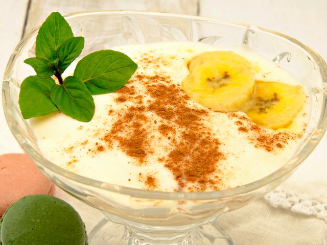 Пудинг с банан, извара и мед