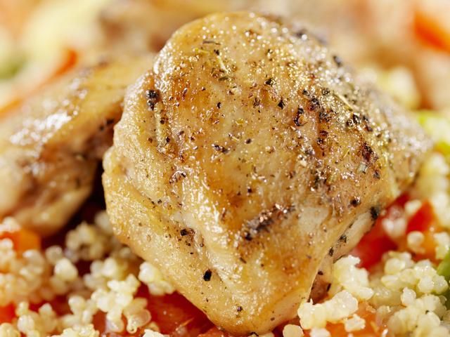 Пилешко с киноа и зеленчуци