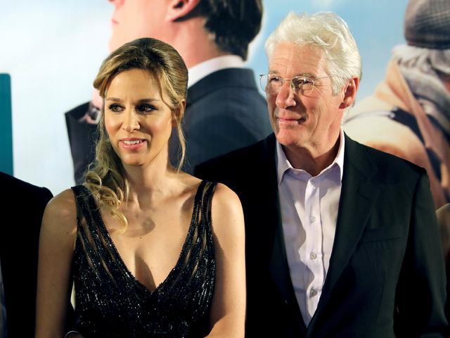 Ричард Гиър и съпругата му Алехандра Силва. Снимка: Reuters