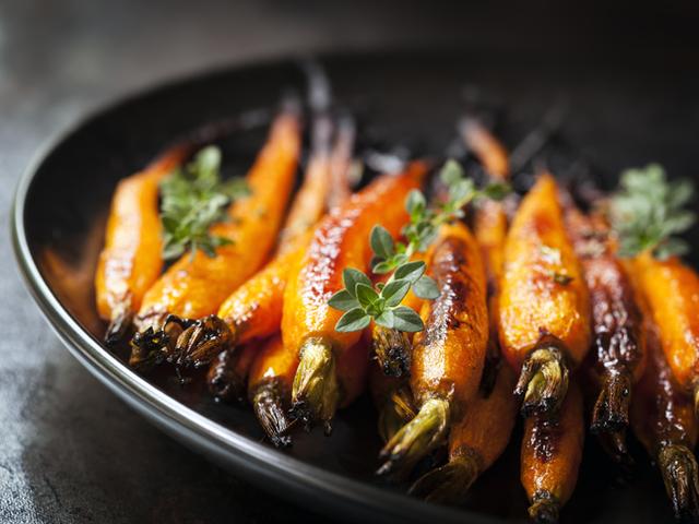 Глазирани моркови с масло и лимонов сок