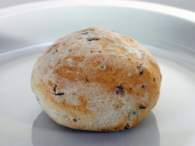 Царевични хлебчета с маслини