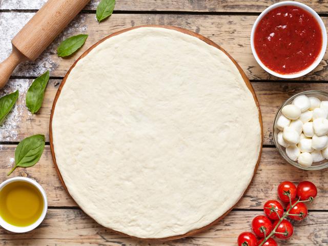 Тесто за пица в хлебопекарна