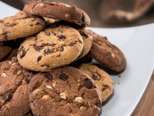 Домашни кукис с парченца шоколад