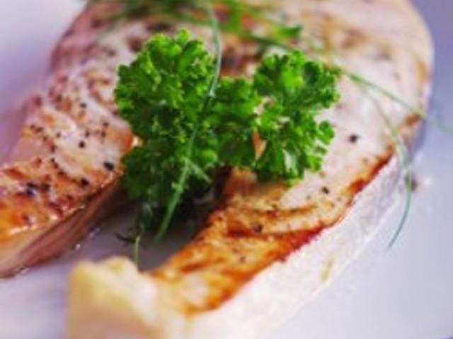 Брускети с риба тон
