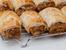 Солени кифлички с бутер тесто, наденица и лук