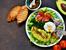 Салата с маруля, спанак и авокадо