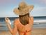 Как да запазите мекотата и цвета на косата си през лятото