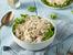 Пилешка салата с майонеза, целина и краставички