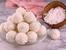 Кокосови трюфели с бадем и бял шоколад