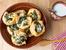 Руло с бутертесто, крема сирене и спанак