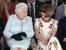 Кралица Елизабет II бе гост на Седмицата на модата в Лондон
