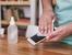 Колко често и как е правилно да дезинфекцирате телефона си?